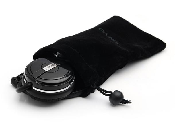 Pochette in velluto per le cuffie bluetooth BTH240 della Kinivo