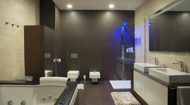 Plafoniere Per Sala Operatoria : Idea pratiche per illuminare il bagno idealight