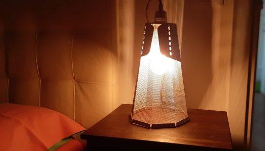 Recensione Frac tavolo, una lampada in corten vestita a sera