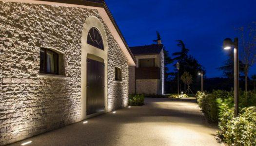 Alcune soluzioni per illuminare l'ingresso esterno di casa