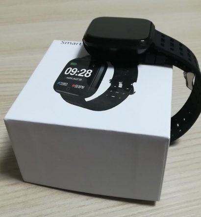 Confezione del Fitness Tracker Kungix